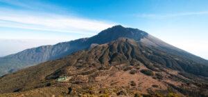 Meru Trekking 3 - 4 Days